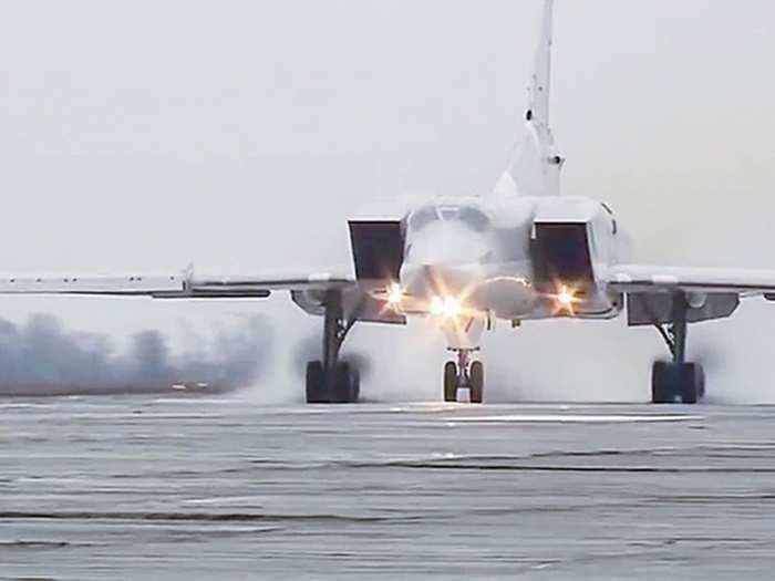 Tu-22M3 Kh32 Missile 05
