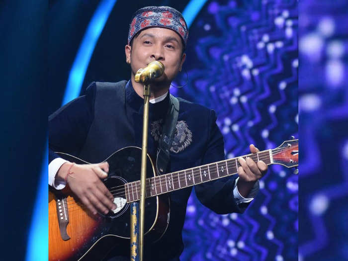 Pawandeep Rajan Unknown Facts: know all about indian idol 12 contestant pawandeep  rajan and his record music band and family- Indian Idol 12: पवनदीप राजन 13  देशों में कर चुके हैं परफॉर्म,