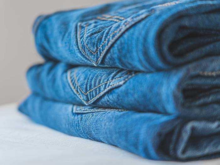Mens Jeans : मात्र ₹1,249 में मिल रही हैं ये ग्रे, ब्लैक और ब्लू कलर की पार्टी वेयर Jeans, इन्हें पहनकर मिलेगा हार्ड लुक