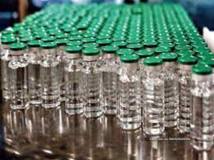 कोरोना महामारी के कारण दुनिया में शीशियों की मांग बढ़ गई है।