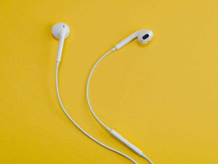 अट्रैक्टिव डिजाइन और डीप बेस वाले इन Earphone में मिलेगी बेस्ट साउंड क्वालिटी