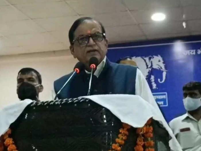 satish chandra mishra: 2022 vidhansabha chunav ke liye bsp taiyar: 2022  विधानसभा चुनाव के लिए बीएसपी तैयार - Navbharat Times