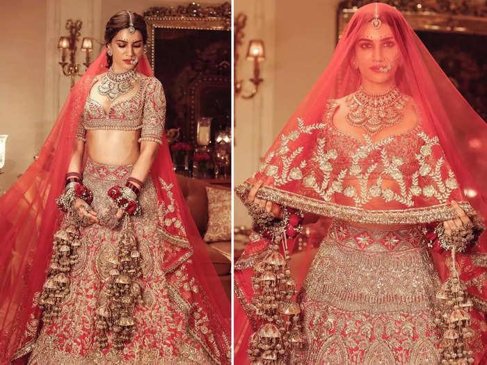 manish malhotra kriti sanon bridal look: कुमकुम से सजा माथा-हाथ में कलीरे  और लंबा घूंघट, हल्के दुपट्टे में लिपटीं कृति सेनन का पहले नहीं देखा होगा  ऐसा लुक ...