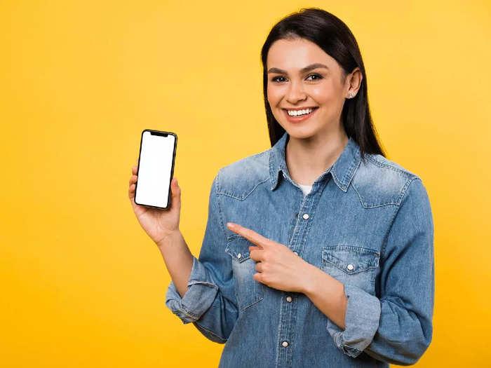 6 GB रैम और 128GB स्टोरेज वाले ब्रांडेड स्मार्टफोन 15,000 रुपए से भी कम में खरीदें
