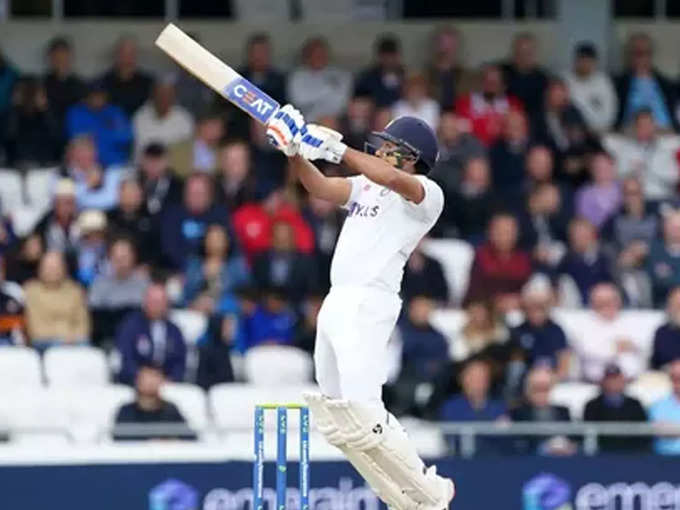 Rohit Sharma Six: Rohit Sharma hit Robinson in such a tough six, left Kapil Dev behind in the special list