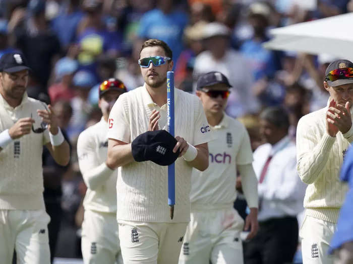 watch video how indian lost their all 10 wickets and lost 3rd test against england at headingley