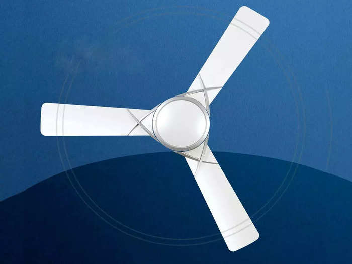 घर की खूबसूरती में चार चांद लगाते हैं डिजाइनर Ceiling Fans, कीमत 2,899 रुपए से है शुरू