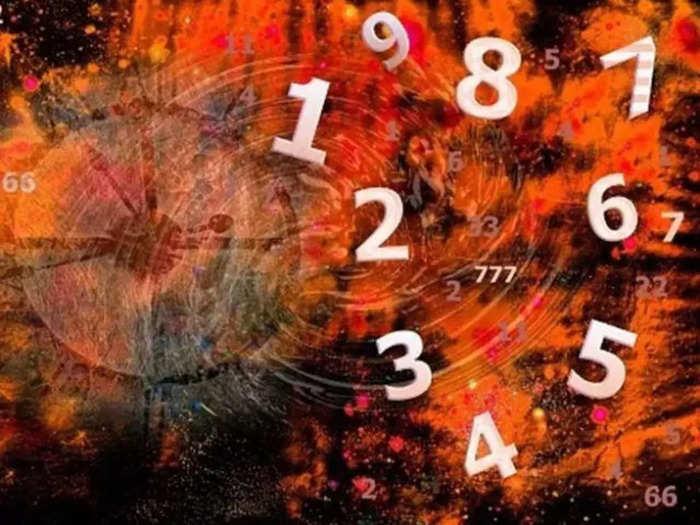 साप्ताहिक अंक ज्योतिष ३० ऑगस्ट ते ५ सप्टेंबर २०२१ : जाणून घ्या सप्टेंबरच्या पहिल्या आठवड्यातील भविष्य