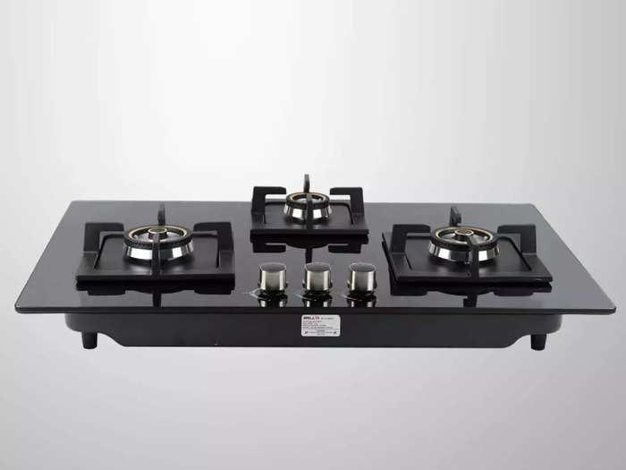 कुकिंग को तेज बनाने के साथ गैस की भी कम खपत करते हैं ये 3 बर्नर वाले गैस स्टोव