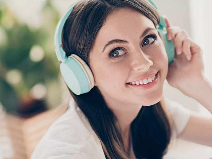 इन Noise Cancelling Headphones से शोरगुल के बीच भी मिलेगा क्रिस्टल क्लियर साउंड