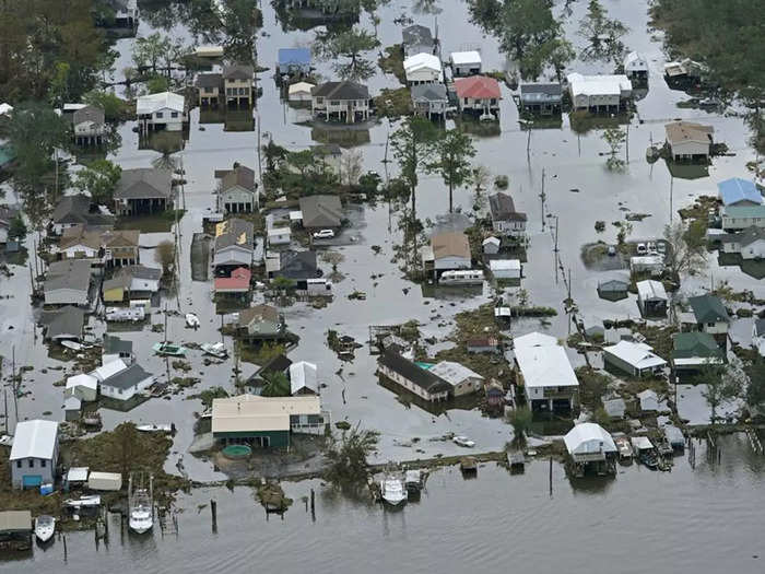 at least 44 dead as hurricane ida brings flash flooding in usa