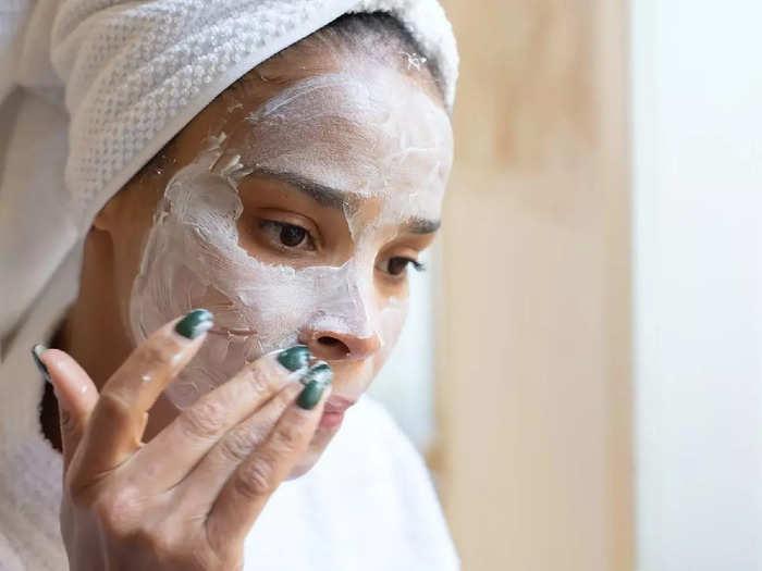 पाना चाहती हैं चमकदार निखार तो ट्राय करें यह Skin Care Cream, मिल सकता है बेस्ट रिजल्ट