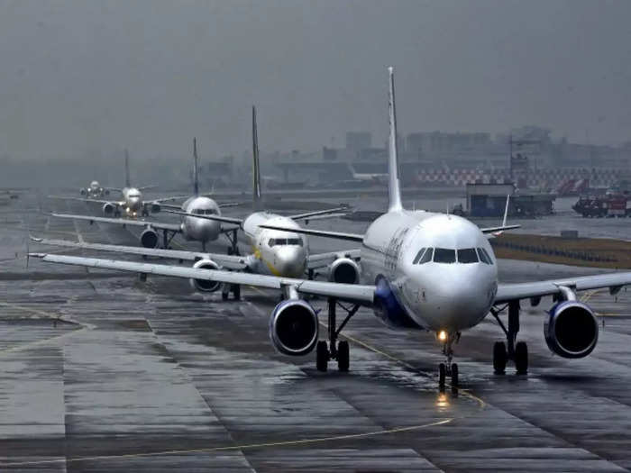 noida international airport: YIAPL has applied to UP government for  concession in several items including GST on aircraft fuel- वाईआईएपीएल ने  यूपी सरकार को विमान ईंधन पर GST सहित कई मदों में