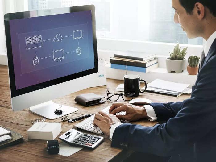 cloud-computing-data-management-concept