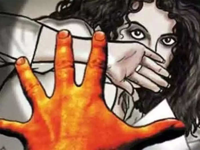 a 14 years old minor girl raped in ulhasnagar in thane district accused arrested
