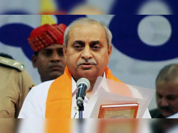 Gujarat CM-designate Bhupendra Patel meets Nitin Patel; DyCM says hes not upset with partys decision