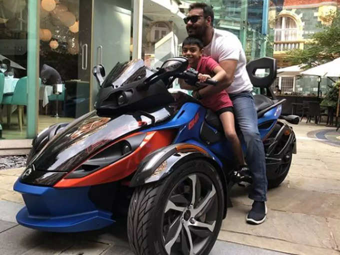 Ajay Devgn with son