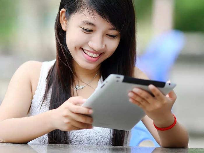 हाई परफॉर्मेंस और बेस्ट ग्राफिक्स वाले हैं ये Tablet, 4GB RAM के साथ पाएं कई फीचर