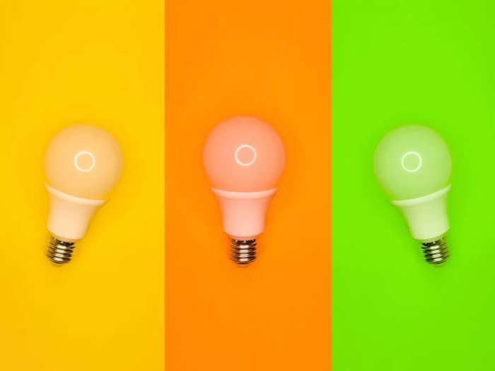 इन स्मार्ट LED Bulb से कमरे को दें शानदार लुक, मिलेंगे कई बेहतरीन फीचर