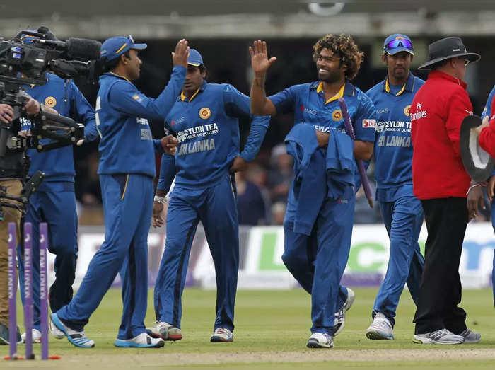 श्रीलंकेचा संघ (सौजन्य-ट्विटर)