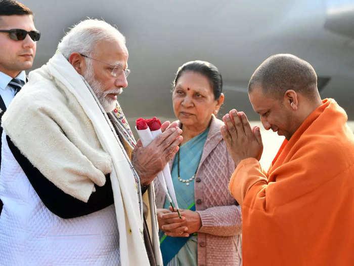 narendra modi yogi adityanath