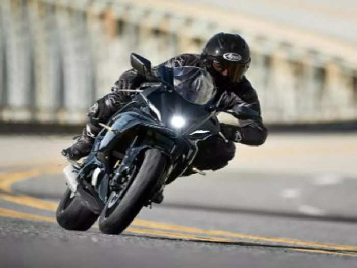 Yamaha R15M Bike Launch Date Price Features
