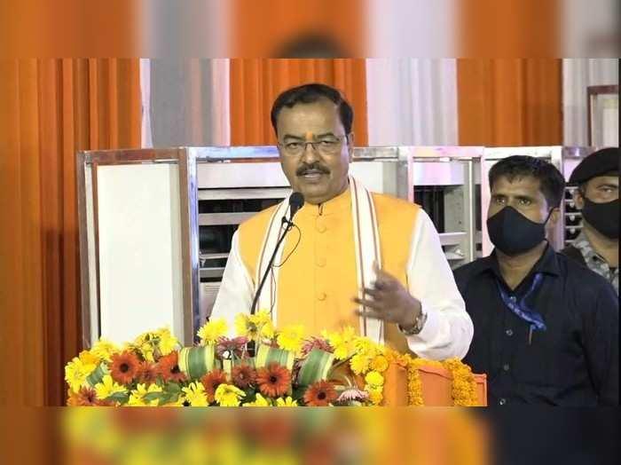 डेप्युटी सीएम केशव प्रसाद मौर्य का अखिलेश पर तंज, कहा- जो करते थे इफ्तार पार्टी अब घूम रहे मंदिर-मंदिर