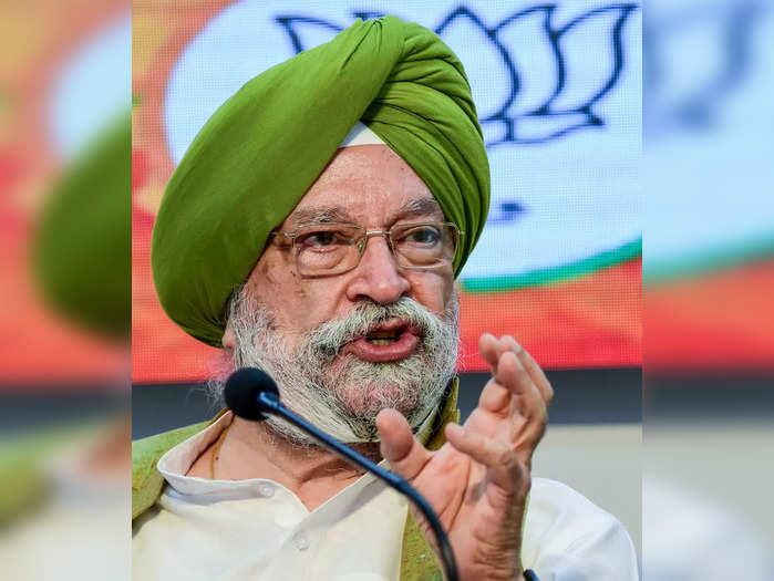New Delhi: Union Minister Hardeep Singh Puri addresses a press conference in New...