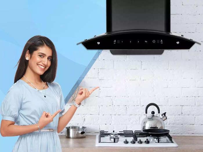 किचन के मसाले की गंध और स्मोक को क्लीन करने में बेस्ट हैं ये Kitchen Chimney
