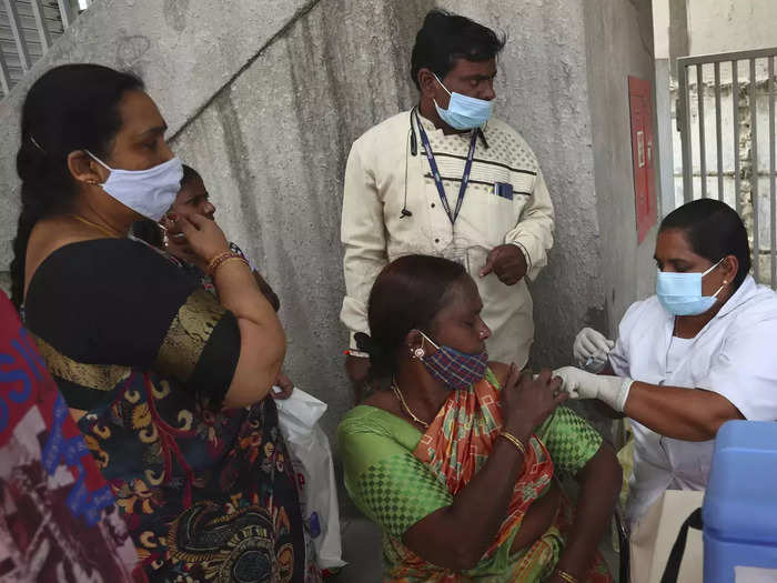 india sets world record of over 2 cr vaccinations in a day on pm modi birthday