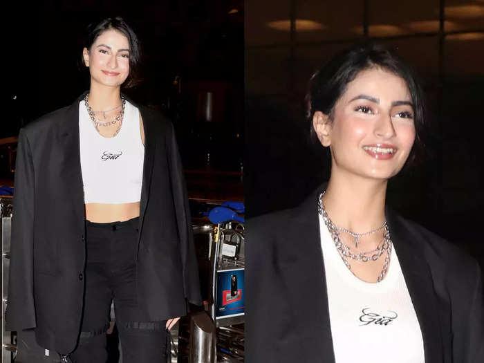 shweta tiwari daughter palak tiwari looks unrecognizable due to her make up mistake