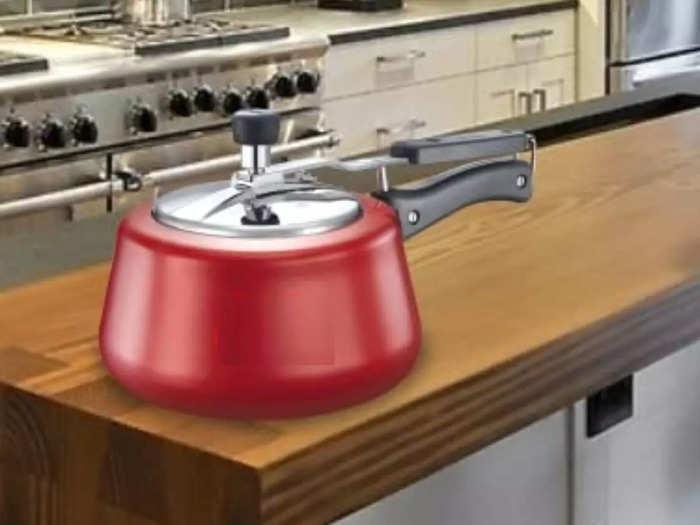 मीडियम साइज फैमिली के लिए पर्फेक्ट है यह 5 लीटर के Pressure Cooker, कुकिंग टाइम भी लगेगा कम