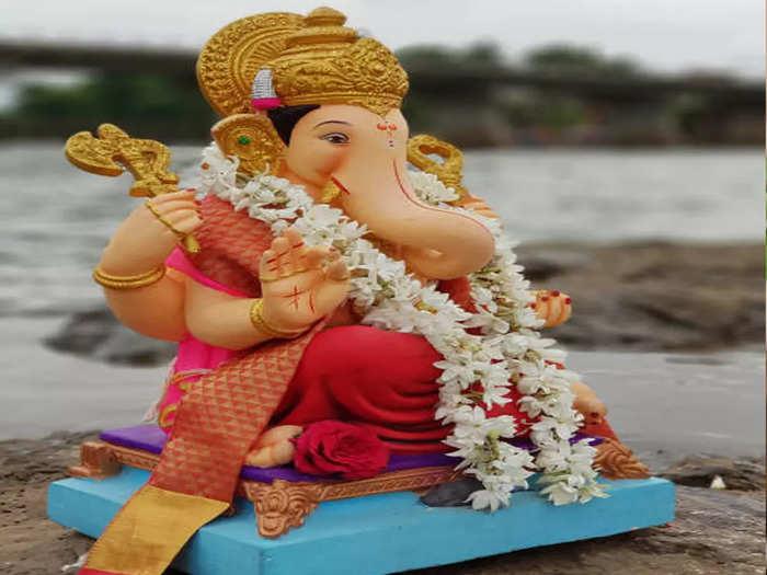 ganpati visarjan 2021 : या भजनात गणेश विसर्जन होईल जल्लोषात