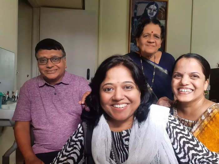 sonali nawangul has expressed her happiness that the disabled are honored in the intellectual field