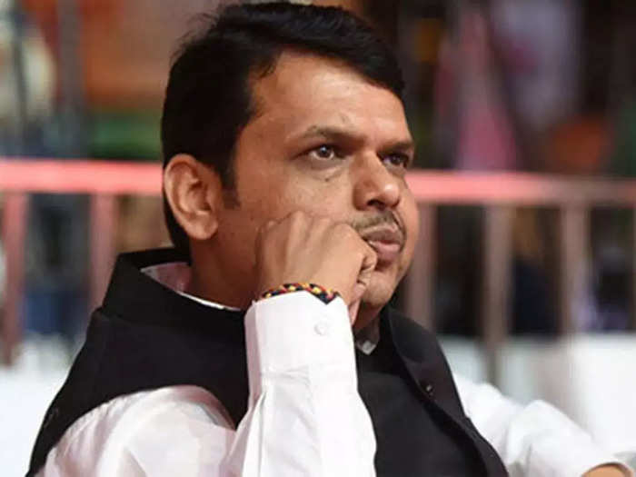 devendra fadnavis has reacted to the discussion that started after traveling in the same vehicle with minister jayant patil