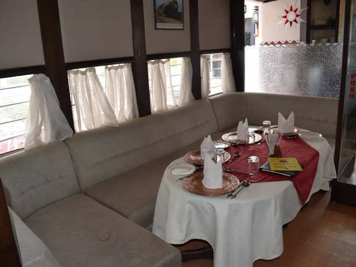 rail coach restaurant