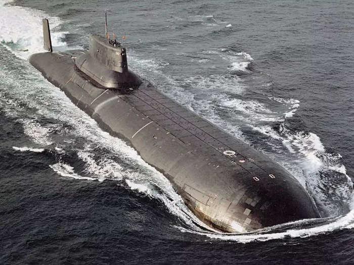 Typhoon-class submarine 01