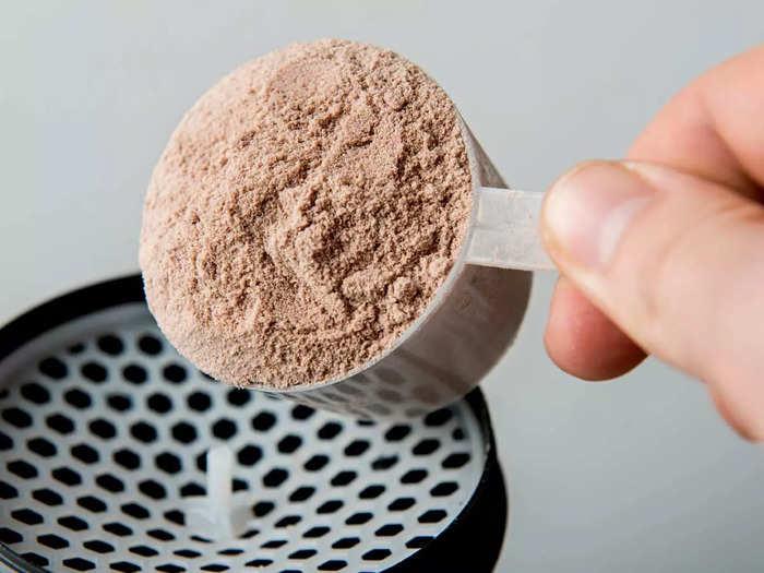 मजबूत मांसपेशियां और मस्कुलर बॉडी पाने के लिए इस्तेमाल कर सकते हैं ये हेल्दी प्रोटीन पाउडर