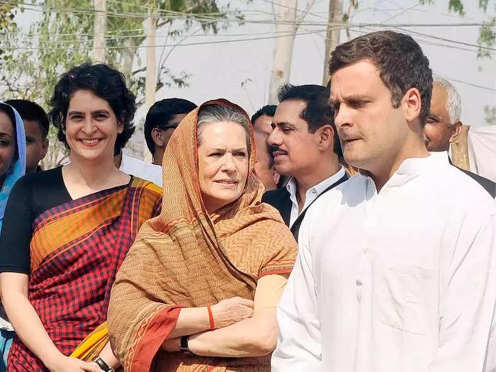 Gandhis holiday in Shimla after Amarinders exit