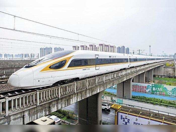 Mumbai: Minister holds review meet for bullet train