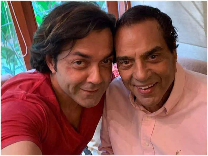 bobby deol rebelling behavior had put dharmendra in tension lessons to learn from this father son duo