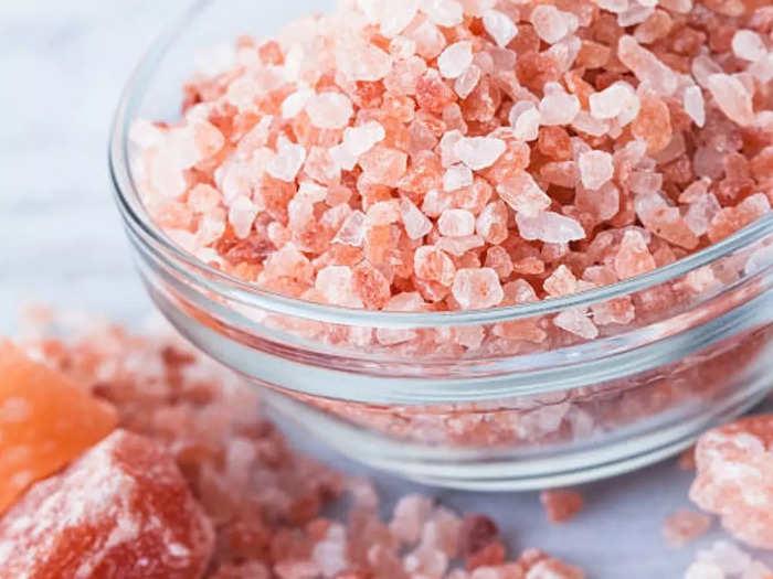 amazing health benefits of himalayan pink salt or rock salt as per expert