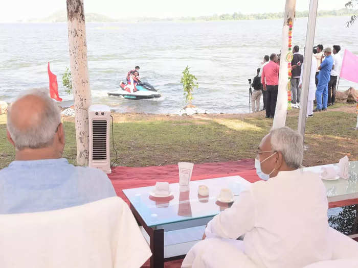 cm nitish kumar inaugurated ropeway to mandar mountain in banka