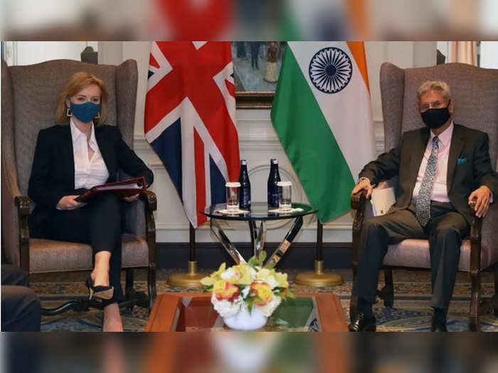 india to reciprocate if uk fails to recognize covishield