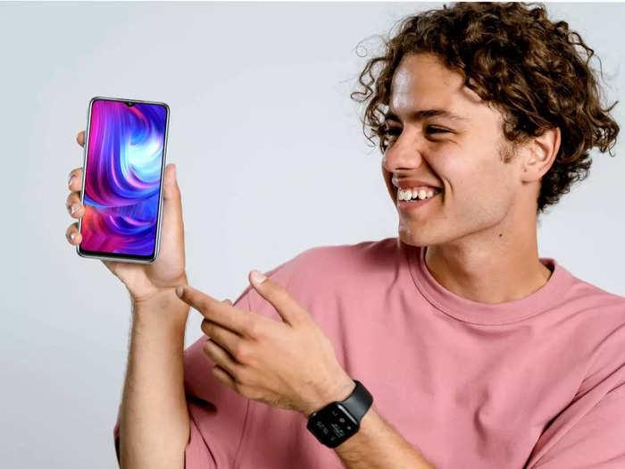 इन बेस्ट फीचर वाले स्मार्टफोन पर मिलेगी ₹4000 तक की छूट, शुरूआती कीमत भी है बहुत कम
