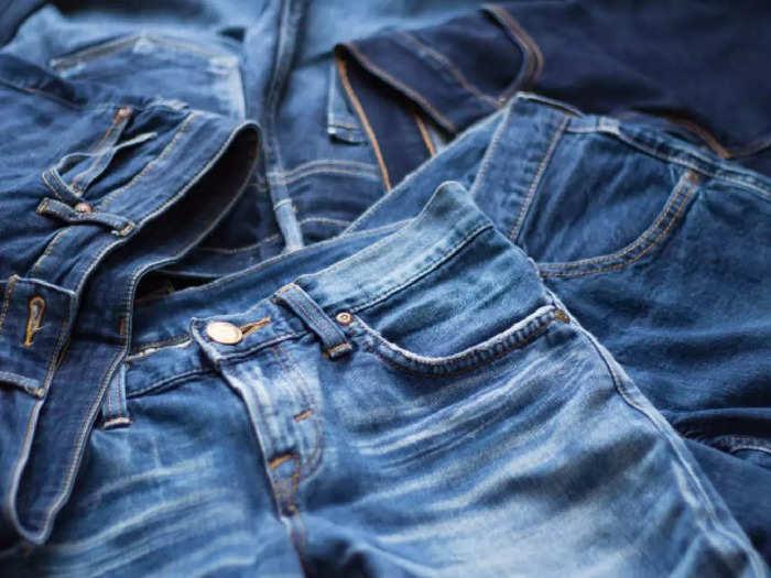सिर्फ ₹1,399 में मिलेगी 3 बेस्ट क्वालिटी वाली स्ट्रैचेबल Jeans, पाएं स्टाइलिश लुक और कंफर्ट