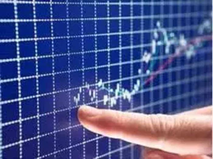 बुधवार को जी ग्रुप के शेयरों में भारी उछाल देखी जा रही है।