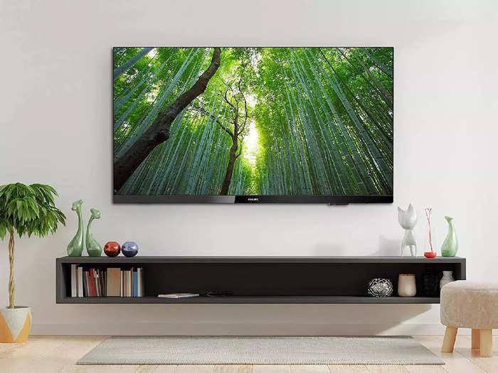 30000 रुपए से भी कम कीमत में खरीदें 43 इंच तक के ये Smart TV, मिल रही है खास छूट