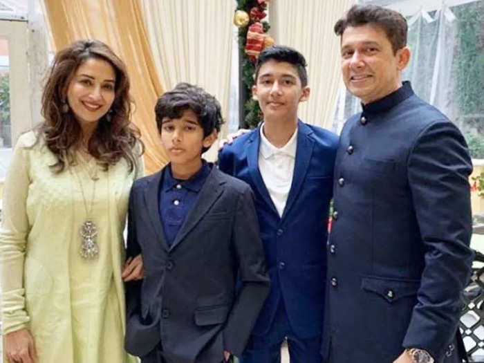 madhuri dixit and shriram nene son arin nene learn cooking and makes dish for first time