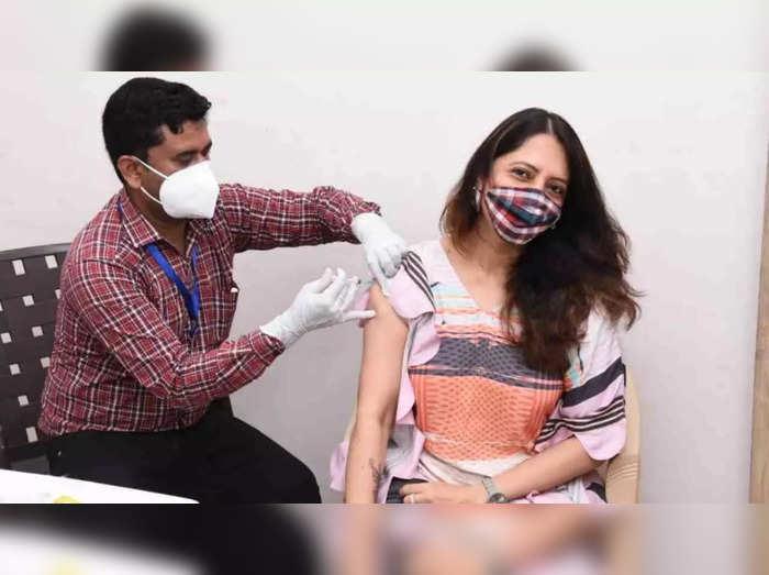 coronavirus news can india vaccinate whole population this year